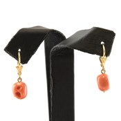 EARRINGS WITH CORAL REEFS IN THE PACIFIC SPOT OF 8.40 MM DIAMETER WITH HOOK AND CROSSBOW