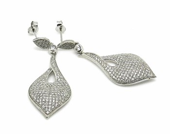 Silver earrings with stones microseting