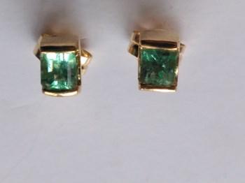Earrings Emerald gold 1st law