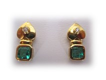 Earrings Esmeralda and shiny gold 1st law