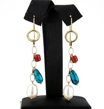 DANGLING EARRINGS OF YELLOW GOLD OF 18 KT, WITH 2 CORALS OF THE PACIFIC, 2 TURQUOISE, AND 2 CULTURED PEARLS