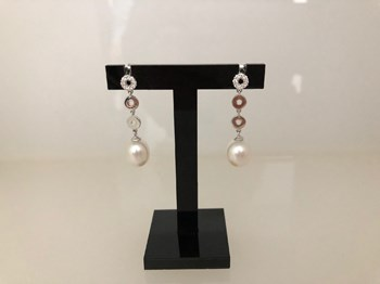 EARRINGS WHITE GOLD WITH BRILLIANT DIAMONDS AND PEARL 297