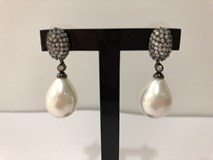 EARRINGS SILVER BA�STATES IN RUTHENIUM BLACK WITH PEARL AND ZIRCONS 10850-TO LINEARGENT 10850-A