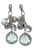 PRECIOUS EARRINGS OF WHITE GOLD OF 18KTES WITH BLUE TOPAZES AND GOLD NUGGETS. 4.6 CM LONG NEVER SAY NEVER
