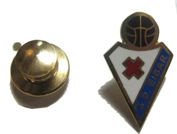 PIN DE ORO EIBAR 18KILATES
