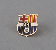 PIN BARCELONA FOOTBALL CLUB GOLD YELLOW WITH INCRUSTACI�N 1-CUT DIAMONDS OF BRILLIANT 0,03 KTS IN TOTAL.