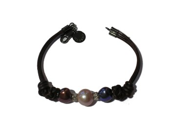 LEATHER SILVER AND CULTURED PEARL BRACELET
