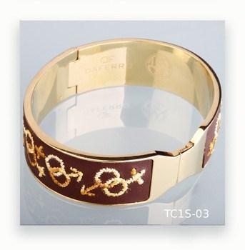 Bracelet en acier et brodées en cuir Daferro