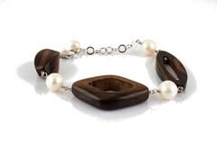 Bracelet de perles et d'ébène