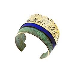 Pulsera en bronce, abierta y amoldable, patinada en verde y azul.  FP P48-BVA Fili Plaza