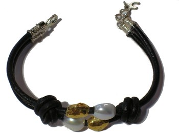 BRACELET GOLD 18 QTS, PEARLS, LEATHER AND CLOSURE OF PLAT