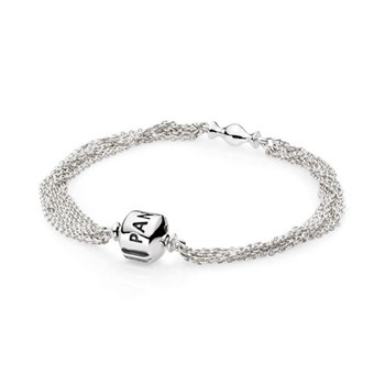 Un clip de bracelet Pandora 591701
