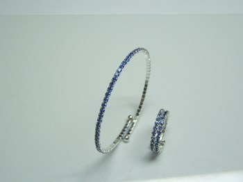 Combined set of bracelet and blue glass ring