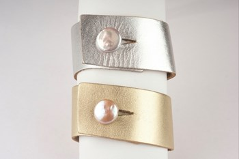 Bracelets skin and cultivated 16mm Pearl