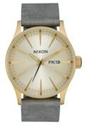 Nixon A1052982