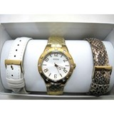 WATCH GUESS WOMAN GOLD-TONE AND LEATHER STRAPS. W0163L2