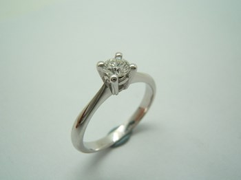 SOLITAIRE WHITE GOLD B-79