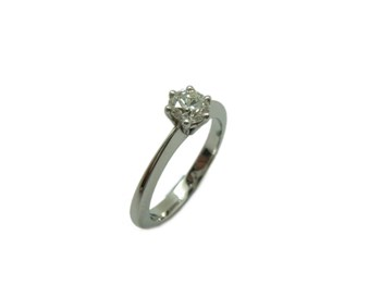 WHITE GOLD DIAMOND SOLITAIRE RING B-79 A-387