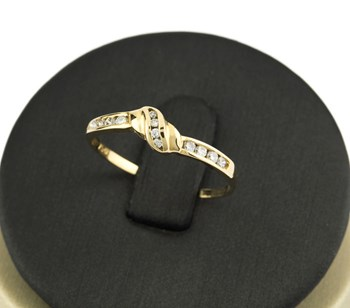 RING YELLOW GOLD WITH 12 BRILLIANT CUT DIAMONDS OF 0,20 KTS. VJ917