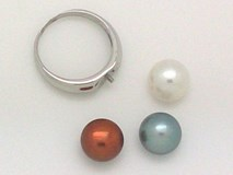 Silver with 3 interchangeable beads ring