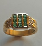 RING EMERALDS AND BTES GOLD LAW