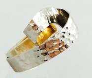 TWO-TONE GOLD HAMMERED RING