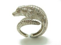 ring silver crocodile
