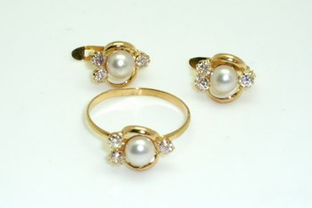 COMBINED RING AND EARRINGS SET COMMUNION